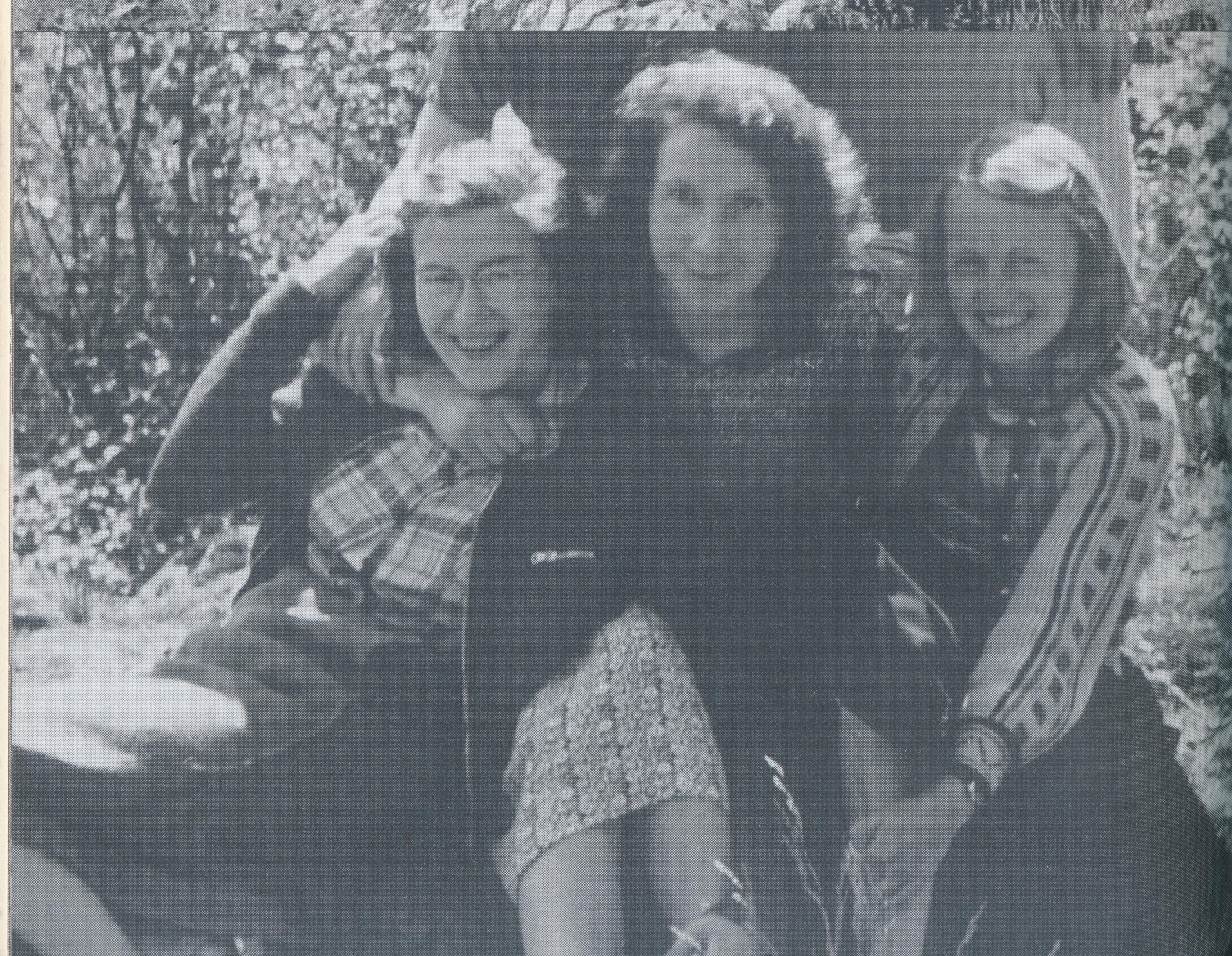 Gunvor Hofmo, Ruth Maier, Karen Schou
