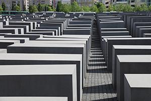 NAttens lys_Hofmo_berlin_ruth maier_Auschwitz21